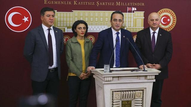 Anayasa değişiklik teklifinin komisyonda kabul edilmesi