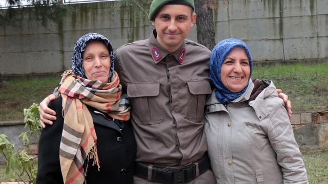 İstanbul'da 208 asker yemin etti