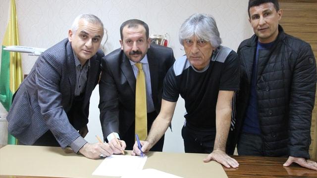 Şanlıurfaspor, teknik direktör Kılıç ile sözleşme imzaladı