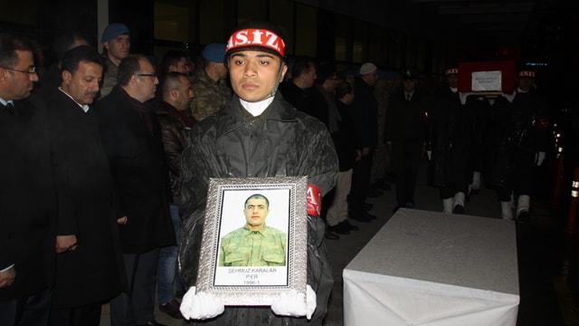 Siirt'te hayatını kaybeden asker için tören