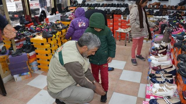 Suriyeli yetimler ile terör mağduru çocuklara yardım