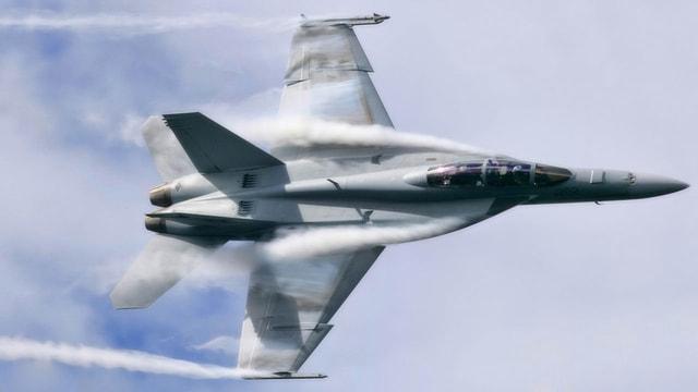 Fransadaki patlamanın sebebi belli oldu! Ses duvarını aşan savaş uçağı