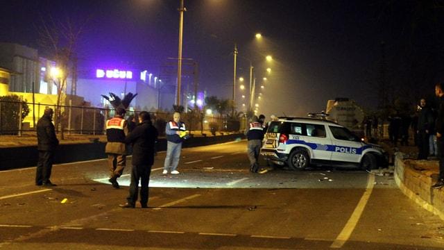 Aydında meydana gelen trafik kazasında 2 polis şehit oldu