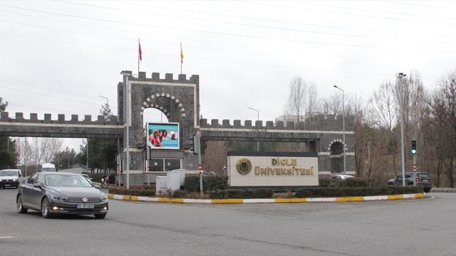 Dicle Üniversitesinde FETÖ operasyonu: 28 gözaltı