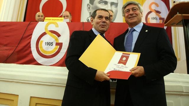 Galatasaray'da olağanüstü divan kurulu toplantısı