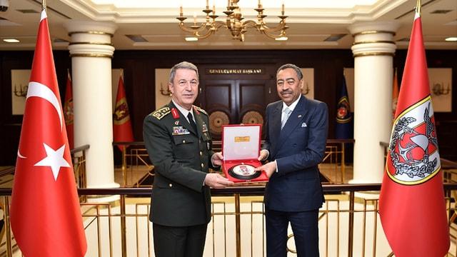 Genelkurmay Başkanı Orgeneral Akar'a ziyaret