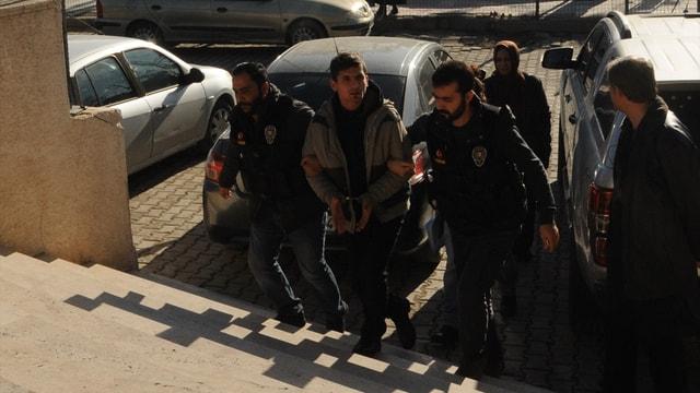 Mardin'de otomobilde 89 kilogram esrar ele geçirilmesi