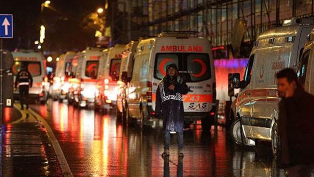 Reinadaki silahlı saldırıya ilişkin İzmirde 20 kişi gözaltına alındı