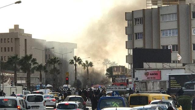 İzmir Adliyesine yapılan saldırıyı PKKnın uzantısı TAK üstlendi