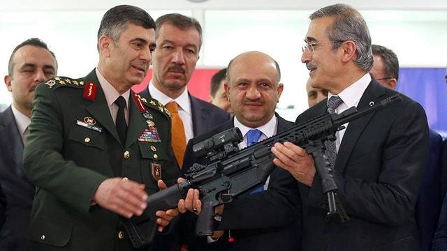 Milli Piyade Tüfeği MPT-76 TSKya teslim edildi