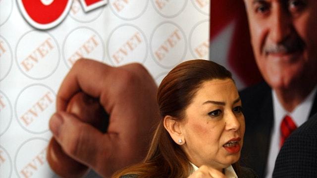AK Parti Genel Başkan Yardımcısı Öznur Çalık: Hayır orkestrasında kimler var biliyorsunuz...