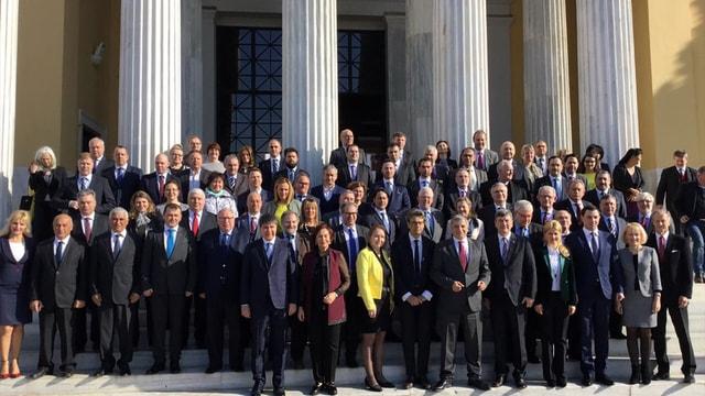 Türk milletinin demokrasiye bağlılığı açıktır