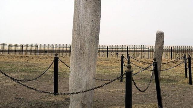 Tonyukuk'un mezarı bulundu