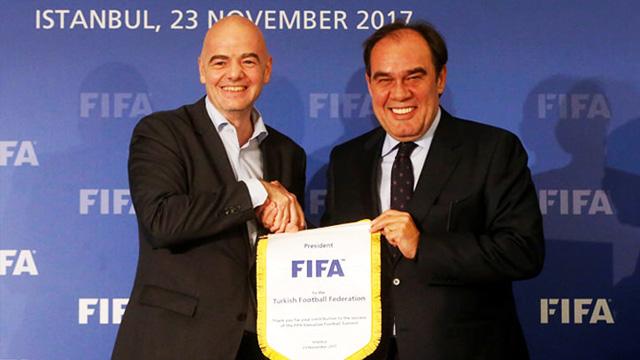 FIFA başkanı açıkladı! EURO2024 Türkiyede...