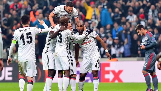 Beşiktaş Olympiakosu 4-1 yenerek çeyrek finale yükseldi (ÖZET)