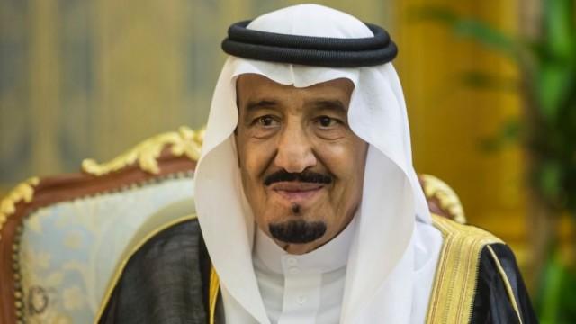 Suudi Arabistanda şok gelişme ! Kral üst düzey yetkilileri görevden aldı!