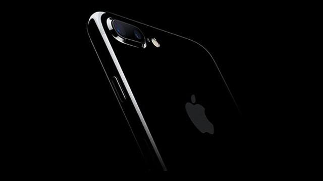 İşte yeni görsellerle iPhone 8