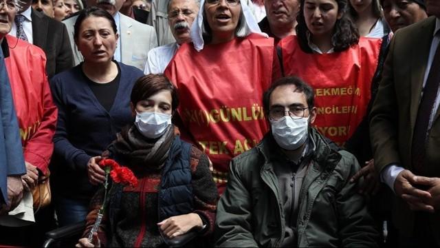 Açlık grevindeki eğitimcilere tutuklama talebi!