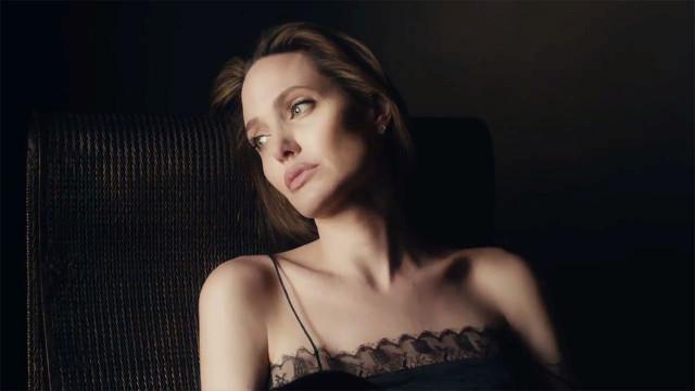 Angelinanın herkesten sakladığı gözyaşları