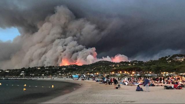 Fotoğraflar şaşırttı! Fransa yanıyor