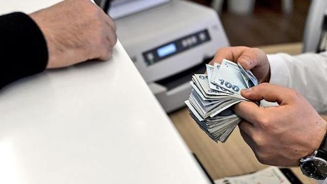 Bakan müjdeyi verdi: Faizsiz 700 bin TL kredi