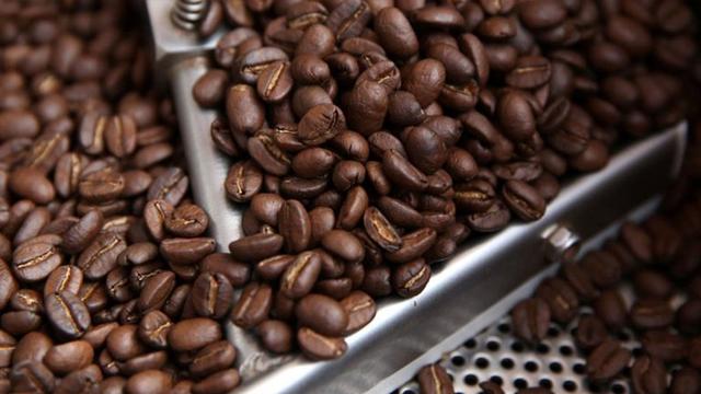 Kahvenin ticari hacmi petrolle yarışıyor
