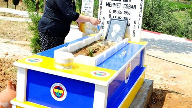 Vasiyeti yerine getirildi, mezarı sarı lacivert yapıldı